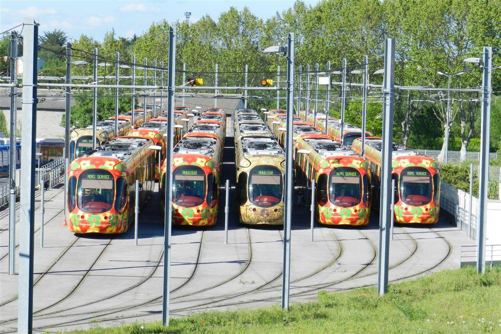 Garage ext rieur du d p t la jeune parque montpellier for Garage du tram villeurbanne