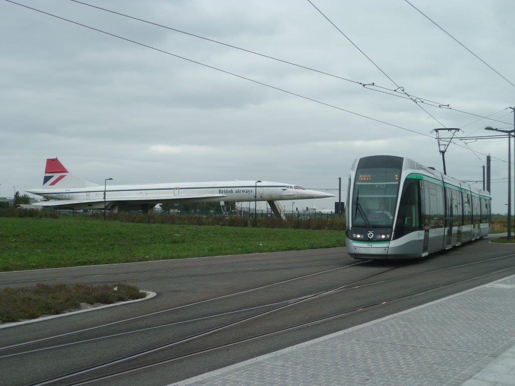 La rame 714 citadis 302 alstom approche du terminus - Communaute d agglomeration les portes de l essonne ...