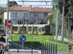 """Voie en tiroir de l'avenue Saint-Charles à Montpellier, spécialement construite pour accueillir les rames de la ligne 4 """"Circulade incomplète"""" (01/04/2015)"""