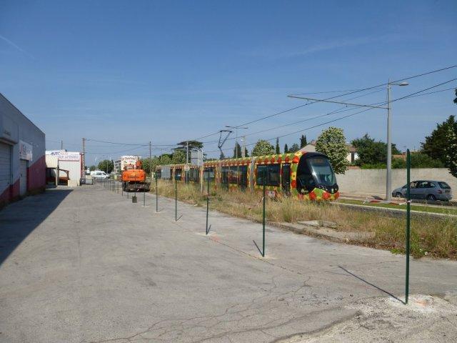 Le chantier, qui permettra d'effacer l'anomalie du haut de l'avenue de l'Europe à Castelnau-le-Lez d'ici au milieu de l'été 2015, a débuté le lundi 8 juin 2015. Photo prise le mardi 9 juin 2015. Copyright : Louis Ferdinand