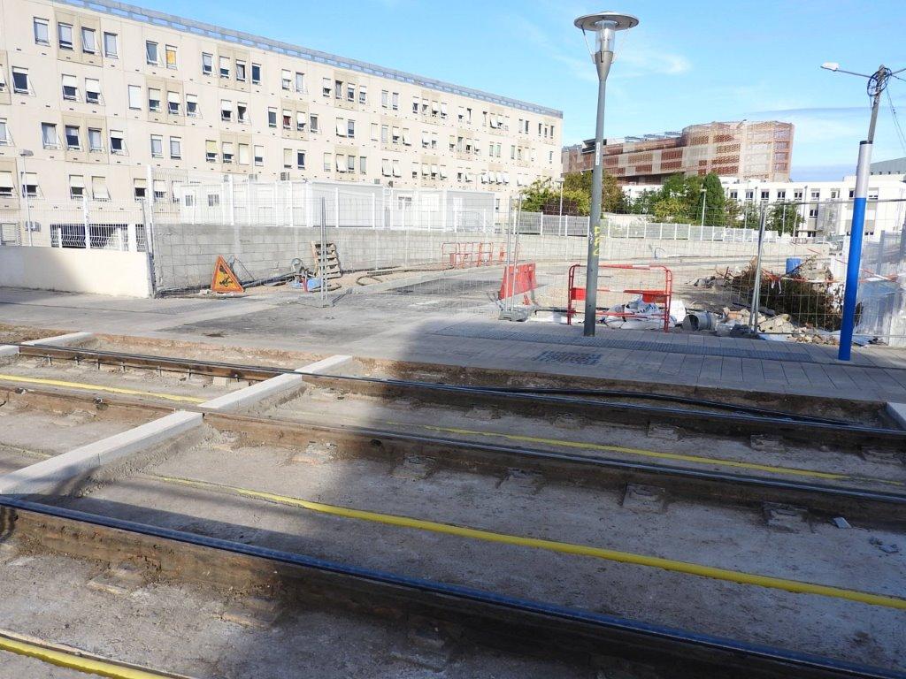 9 octobre 2015 future sortie du parking saint roch avenue de maurin montpellier tramway. Black Bedroom Furniture Sets. Home Design Ideas