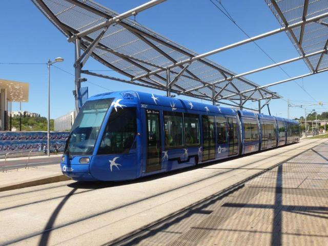 """A Montpellier, la rame 2027 Citadis 401 Alstom baptisée """"Région Languedoc-Roussillon"""" est photographiée à la station """"Occitanie"""" de la ligne 1, le jeudi 23 juin 2016. Copyright : Louis Ferdinand"""