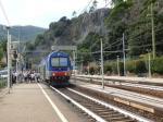 Une voiture pilote de type Vivalto en queue d'un train assurant la liaison La Spezia - Levanto, photographiée en gare de Monterosso al Mare, le mercredi 21 septembre 2016. Copyright : Michel Bozzola
