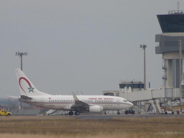 Boeing 737-700 de Royal Air Maroc immatriculé CN-RNL, en provenance de Casablanca, photographié à son arrivée à l'aéroport Montpellier Méditerranée, le lundi 23 janvier 2017 à 14h47. Copyright : Louis Ferdinand