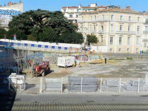 """Ça commence à s'activer du côté du chantier """"Hôtel St-Roch - Belaroia"""" à Montpellier. Photo prise le vendredi 17 février 2017. Copyright : Anje34"""