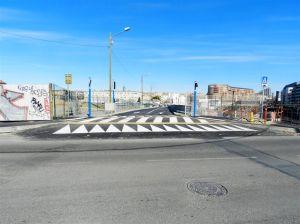 Photographie de la nouvelle voie d'accès à double sens permettant l'accès au parking Saint-Roch depuis le boulevard Vieussens à Montpellier, tout comme la sortie de ce même parking. Photo prise le mardi 21 février 2017. Copyright : Anje34