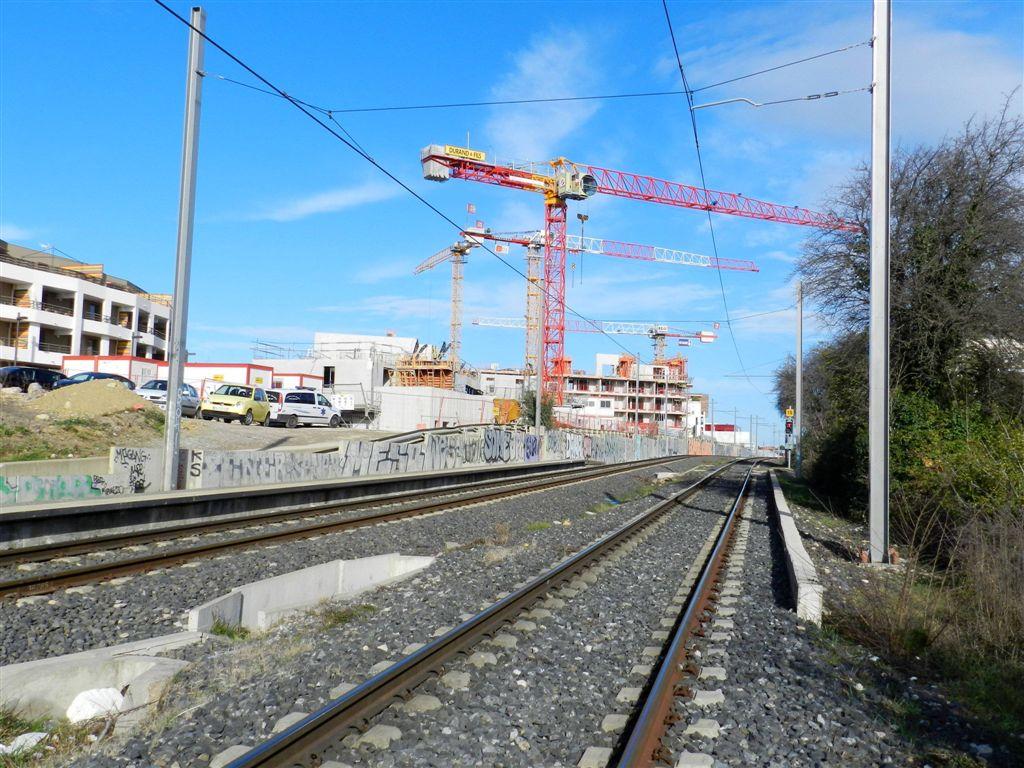 sur la ligne 2 de tramway  emplacement de l u2019 u00e9ventuelle station  u00ab les grisettes photographi u00e9 le