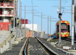 """Sur la ligne 2, l'éventuelle station """"Les Grisettes"""" devrait être équipée d'un quai axial, c'est à dire situé entre les deux voies. Photo prise le samedi 4 février 2017. Copyright : Anje34"""